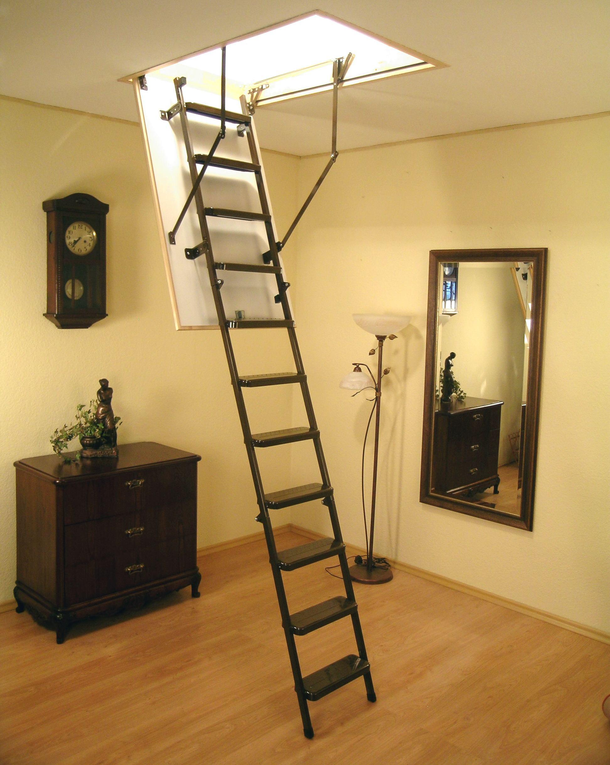 Раскладные лестницы