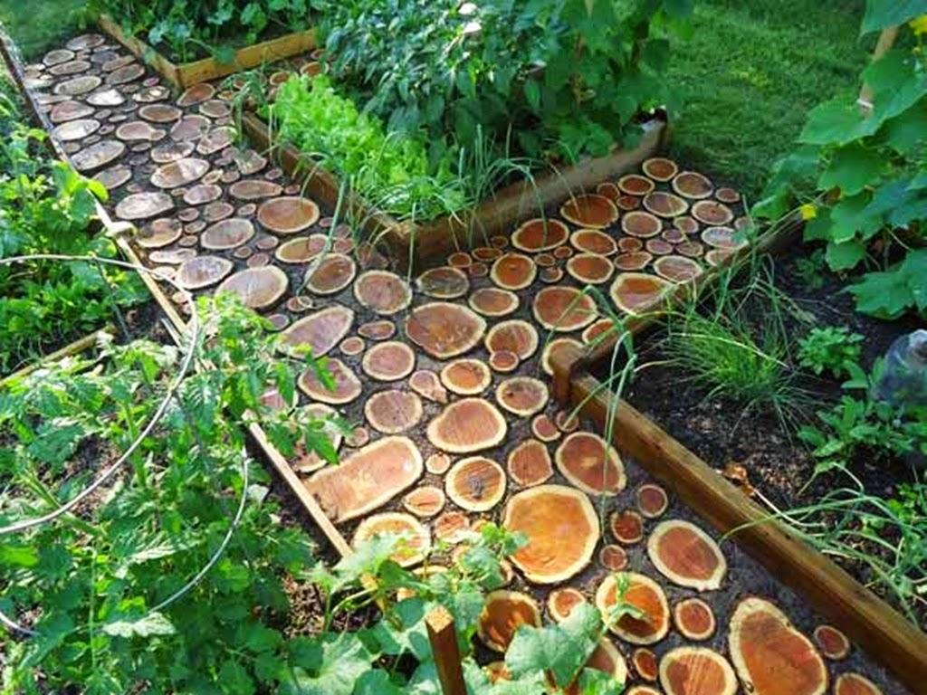 садовые дорожки из древесных спилов