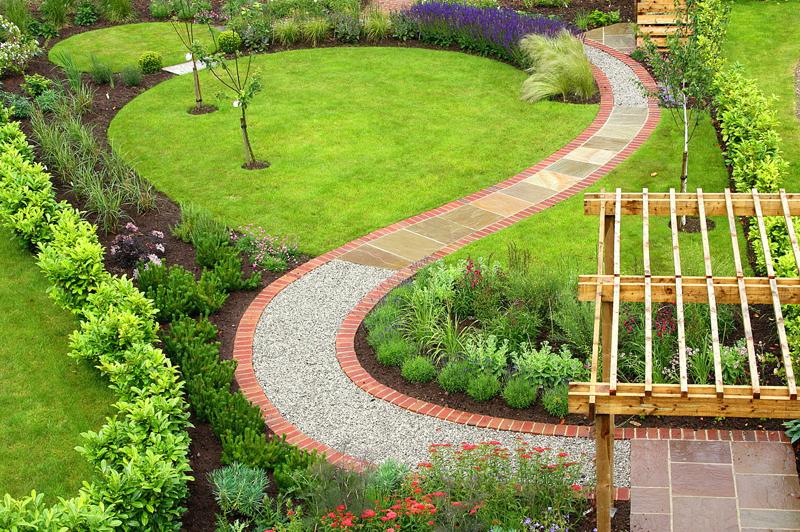 Лучшие варианты дизайнерских садовых дорожек
